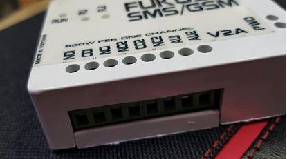 Picture of Bộ điều khiển tắt mở 2 thiết bị bằng GSM (SIM điện thoại)